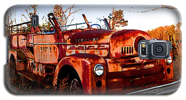 Old Red Fire Truck Galaxy S5 Case