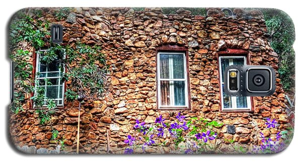 Galaxy S5 Case featuring the photograph Old Rock House In Williams Canyon by Lanita Williams