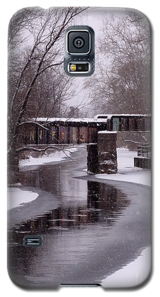 The Nifti Railroad Bridge Galaxy S5 Case