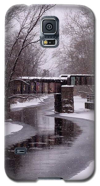 The Nifti Railroad Bridge Galaxy S5 Case