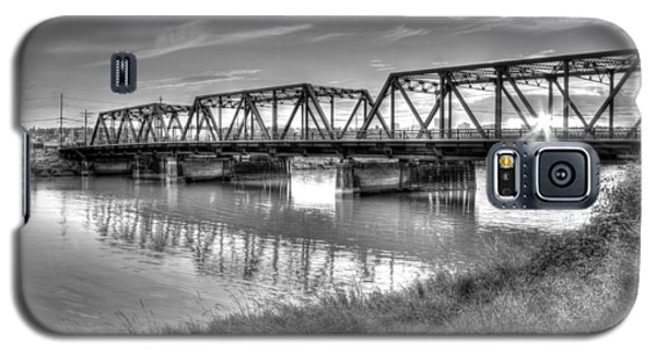 Old School Sunset On Lincoln Ave. Bridge  Galaxy S5 Case