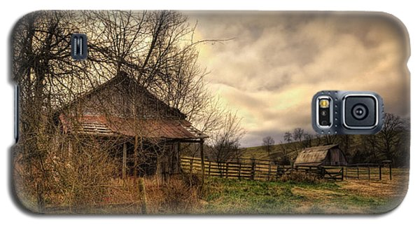 Old Shed And Barn At Osage Galaxy S5 Case