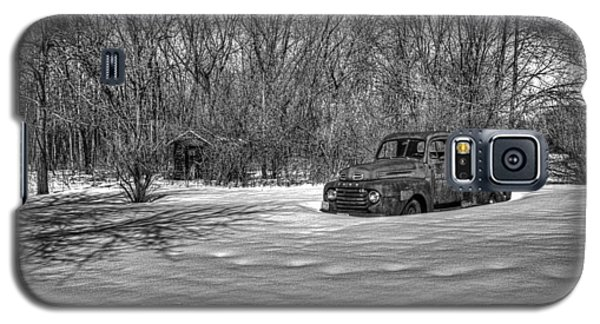 Old Timer In The Snow Galaxy S5 Case