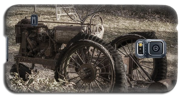 Old Tractor Galaxy S5 Case