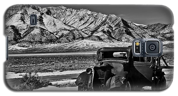 Old Truck Galaxy S5 Case by Robert Bales