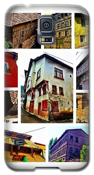 Galaxy S5 Case featuring the photograph Old Turkish Houses by Zafer Gurel