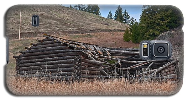 Galaxy S5 Case featuring the photograph Old Turn Of The Century Log Cabin Homestead Art Prints by Valerie Garner