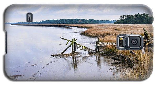 Old Wimbee Landing Dock Galaxy S5 Case by Scott Hansen