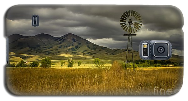 Old Windmill Galaxy S5 Case by Robert Bales