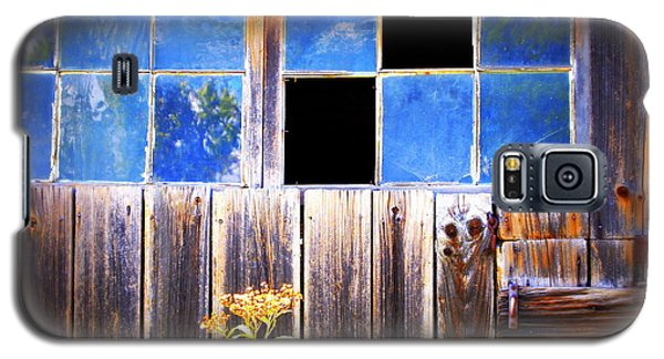Old Wooden Building Of Broken Dreams Galaxy S5 Case by Deborah Fay