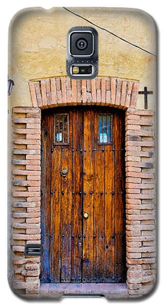 Old Wooden Door - Mexico - Photograph By David Perry Lawrence Galaxy S5 Case