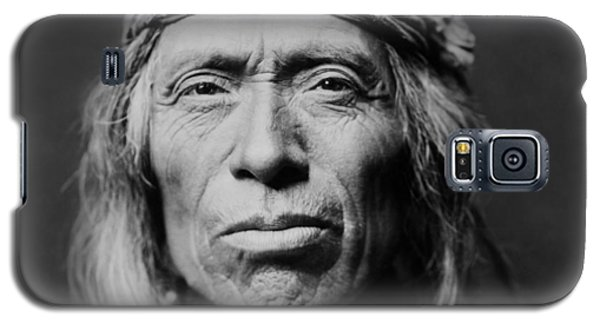 Portraits Galaxy S5 Case - Old Zuni Man Circa 1903 by Aged Pixel
