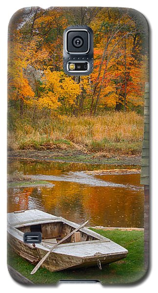 Galaxy S5 Case featuring the photograph Olde Tyme Colors by Jeff Folger
