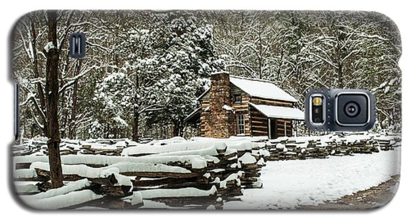 Galaxy S5 Case featuring the photograph Oliver's Log Cabin Nestled In Snow by Debbie Green