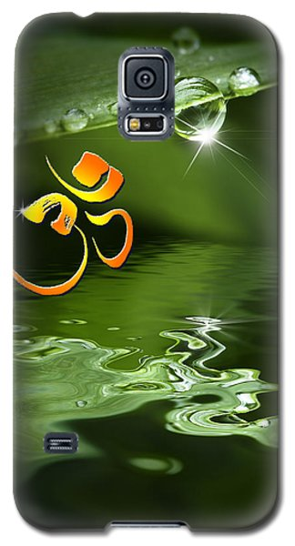 Galaxy S5 Case featuring the mixed media Om On Green With Dew Drop by Peter v Quenter