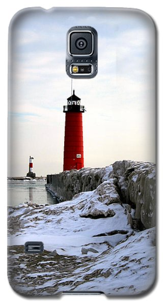 On A Cold Winter's Morning Galaxy S5 Case by Kay Novy