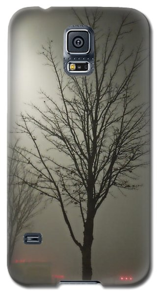 On A Foggy Night Galaxy S5 Case by Pete Trenholm