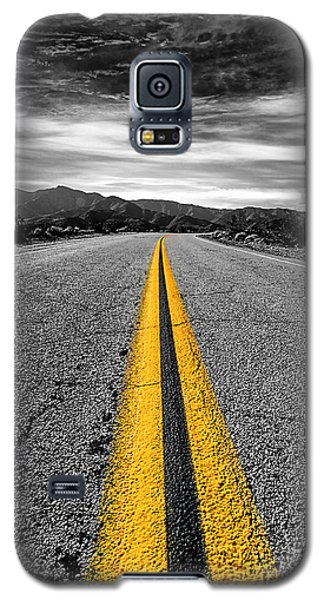 Galaxy S5 Case featuring the photograph On Our Way To by Ryan Weddle