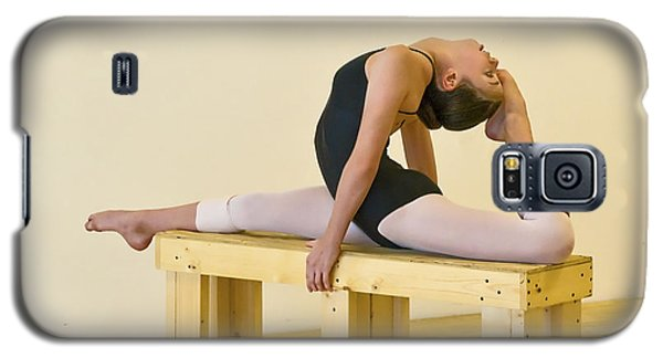 Practicing Ballet On The Bench Galaxy S5 Case