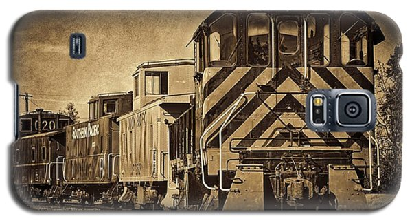 On The Tracks... Take Two. Galaxy S5 Case by Peggy Hughes