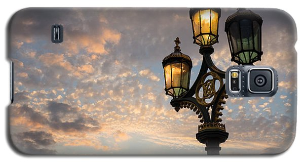 One Light Out - Westminster Bridge Streetlights - River Thames In London Uk Galaxy S5 Case