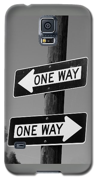 One Way Or Another - Confusing Road Signs Galaxy S5 Case