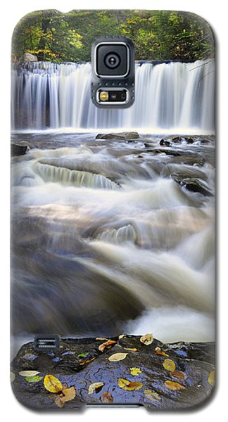 Galaxy S5 Case featuring the photograph Oneida Falls  by Dan Myers