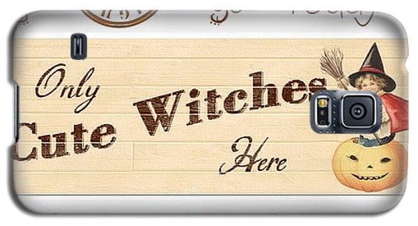Holiday Galaxy S5 Case - Only Cute Witches Here #ontheblog by Teresa Mucha