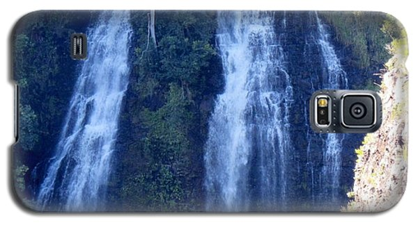 Galaxy S5 Case featuring the photograph Opaeka'a Falls by Alohi Fujimoto