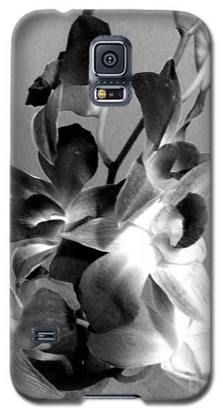 Orchids 2 Bw Galaxy S5 Case