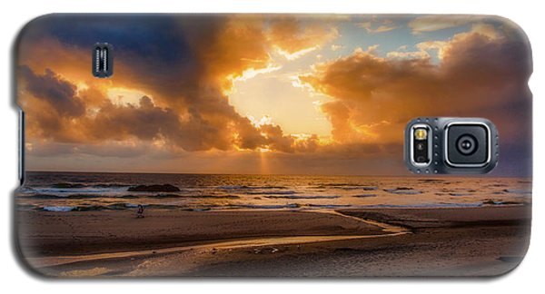 Galaxy S5 Case featuring the photograph Oregon Sunset by Dennis Bucklin
