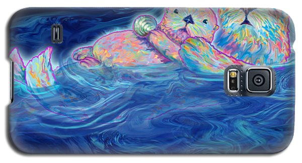 Galaxy S5 Case featuring the mixed media Otter Family by Teresa Ascone