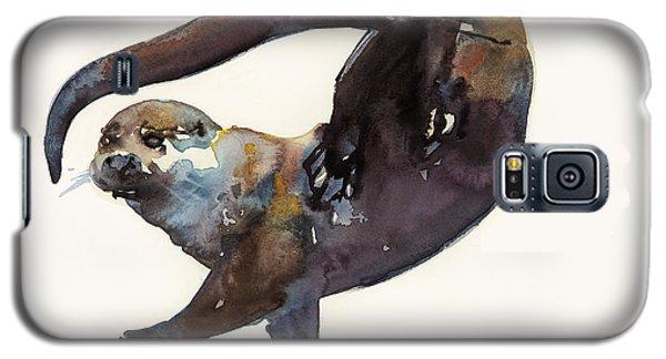 Otter Study II  Galaxy S5 Case by Mark Adlington