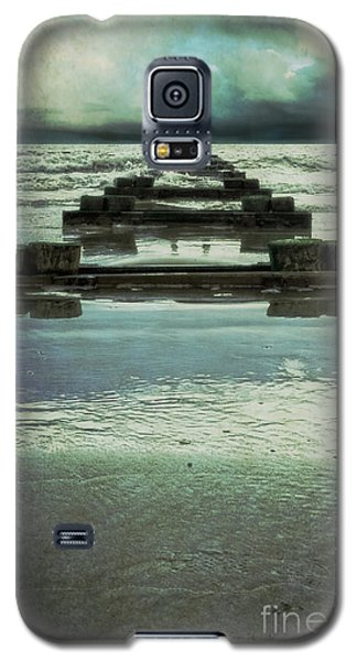 Out To Sea Galaxy S5 Case