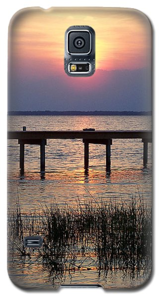 Galaxy S5 Case featuring the photograph Outerbanks Nc Sunset by Sandi OReilly