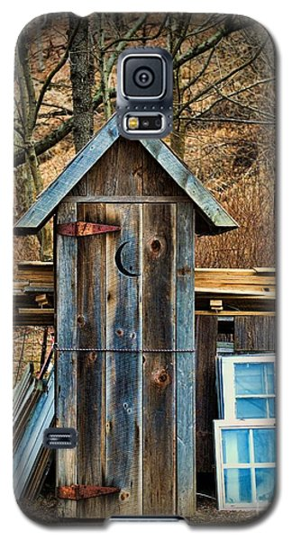 Outhouse - 5 Galaxy S5 Case by Paul Ward