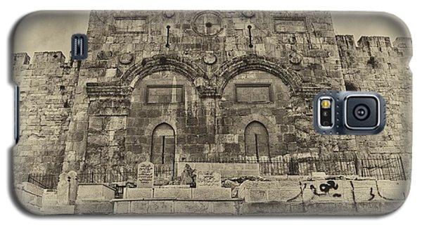 Outside The Eastern Gate Old City Jerusalem Galaxy S5 Case