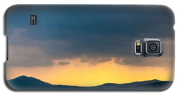 Overcast Dark Sky Rain Clouds With Yellow Glow Beyond Hills On H Galaxy S5 Case