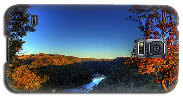 Galaxy S5 Case featuring the photograph Overlook In The Fall by Jonny D