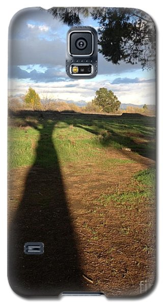 Galaxy S5 Case featuring the photograph Oversize Shadow by Nora Boghossian