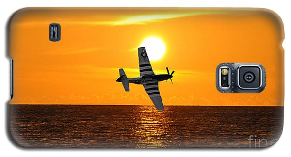 Galaxy S5 Case featuring the photograph P-51 Sunset by John Black