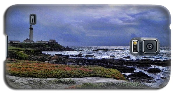 Galaxy S5 Case featuring the photograph Pacific Lighthouse by Kathy Churchman