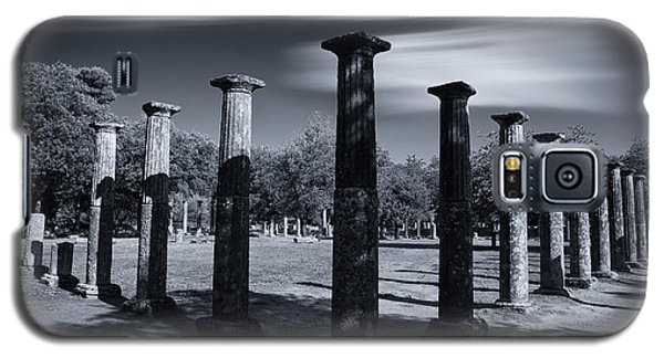 Galaxy S5 Case featuring the photograph Palaestra At Olympia by Micah Goff