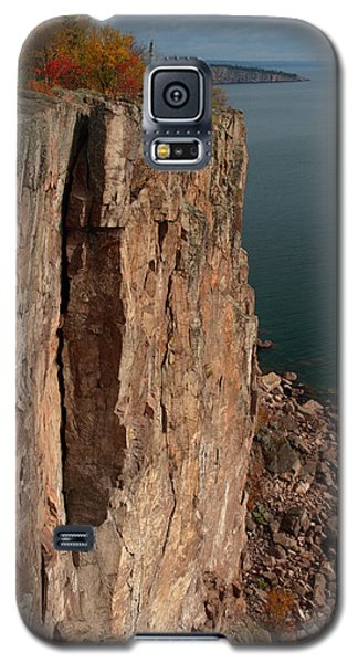 Galaxy S5 Case featuring the photograph Palisade Depths by James Peterson