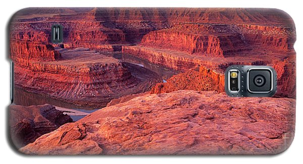 Galaxy S5 Case featuring the photograph Panorama Sunrise At Dead Horse Point Utah by Dave Welling
