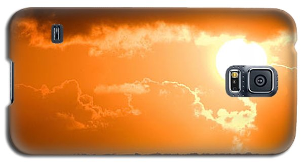 Panoramic Photo Of Sunset At Monkey Mia  Galaxy S5 Case