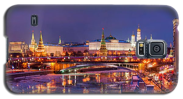 Panoramic View Of Moscow River And Moscow Kremlin  - Featured 3 Galaxy S5 Case by Alexander Senin