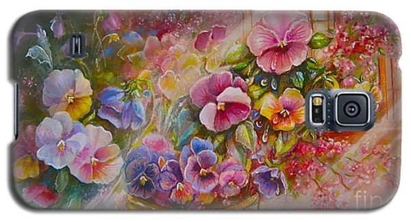 Pansies In Gold Galaxy S5 Case by Patricia Schneider Mitchell