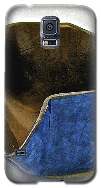 Paper-thin Bowl  09-005 Galaxy S5 Case by Mario Perron