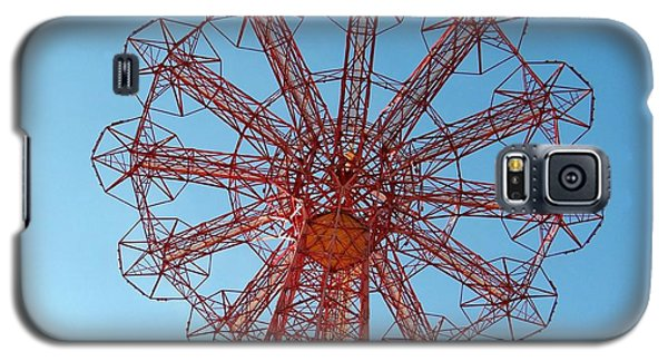 Galaxy S5 Case featuring the photograph Parachute Jump-coney Island by Ed Weidman
